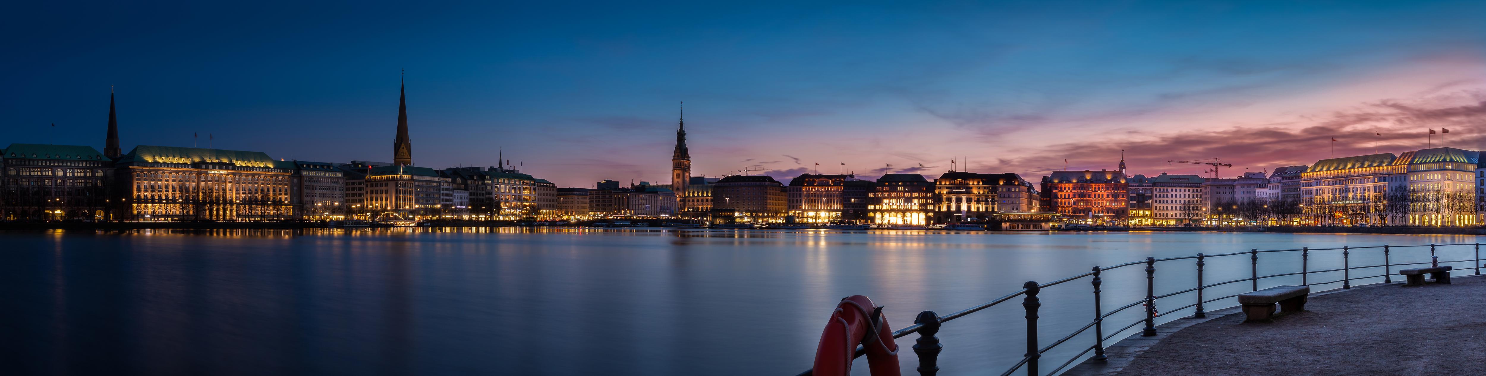 Hamburg, Binnenalster bei Nacht