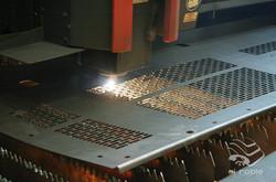 maquina corte de metal2.jpg