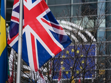 Norway, Britain in provisional trade agreement on goods for no-deal Brexit scenario