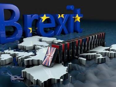 Brexit brinkmanship: UK tells EU door still open for deal