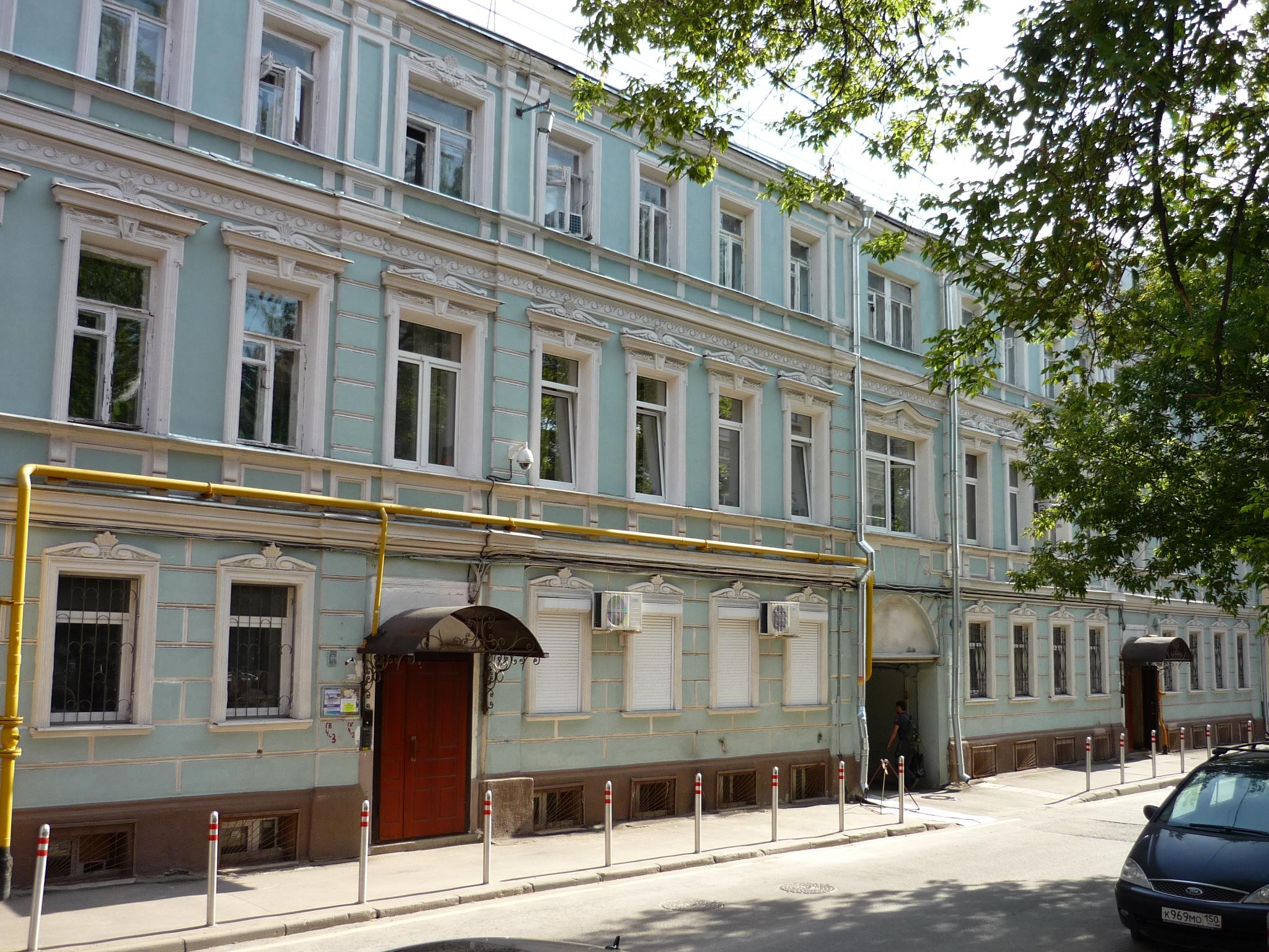Рольставни в центре Москвы