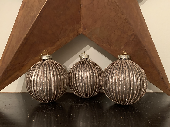 Gold & Glitter Bauble