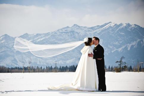 Kananaskis Wedding in Winter
