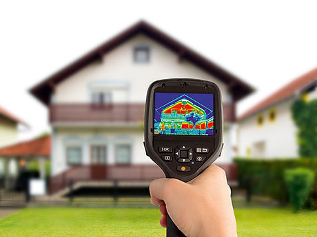 A-heat-loss-detection-device-used-with-an-infrared-thermal-camera.jpg