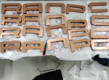 Messelogos aus dem 3D Drucker - Messebau