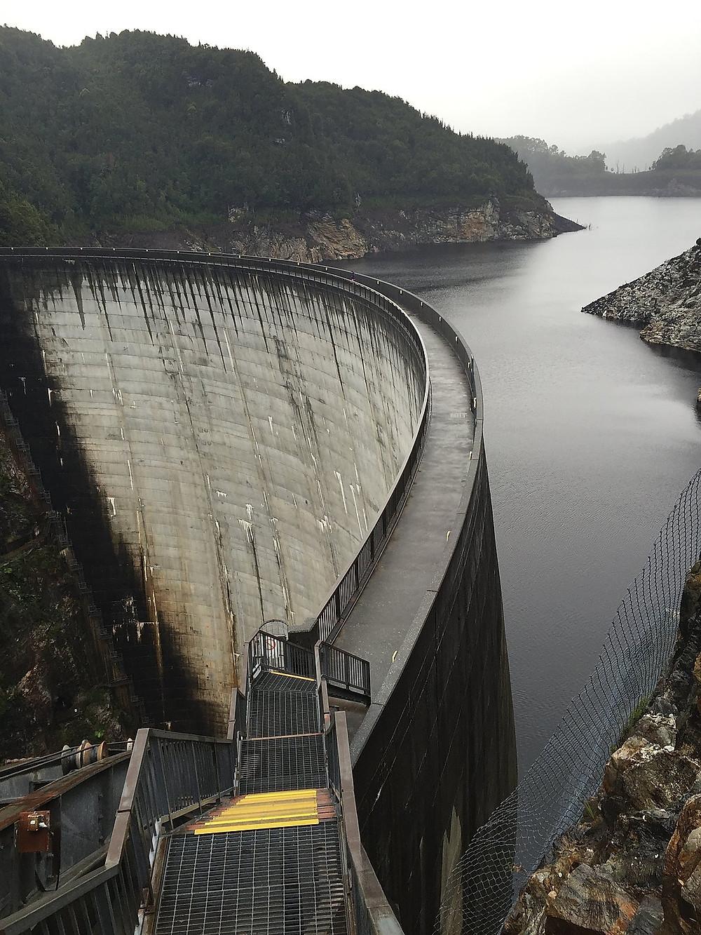Плотина на реке Гордон — Тасмания 2017 — Блог о путешествиях Сергея Чеботова