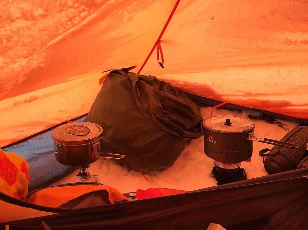 Палатка в Лагере 3, Вершина Раздольная | skitour.club | Блог Сергея Чеботова