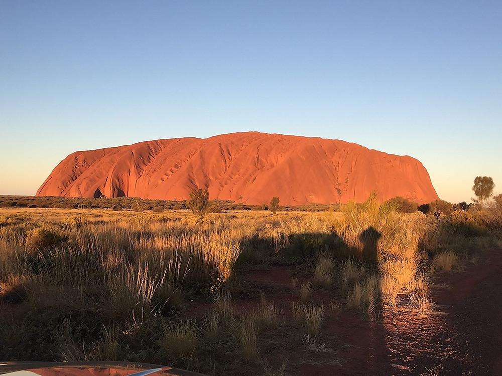 Гора Улуру (Айрекс рок) — Uluru (Ayers Rock) — Улуру — Красный центр Австралии — Блог о путешествиях Сергея Чеботова