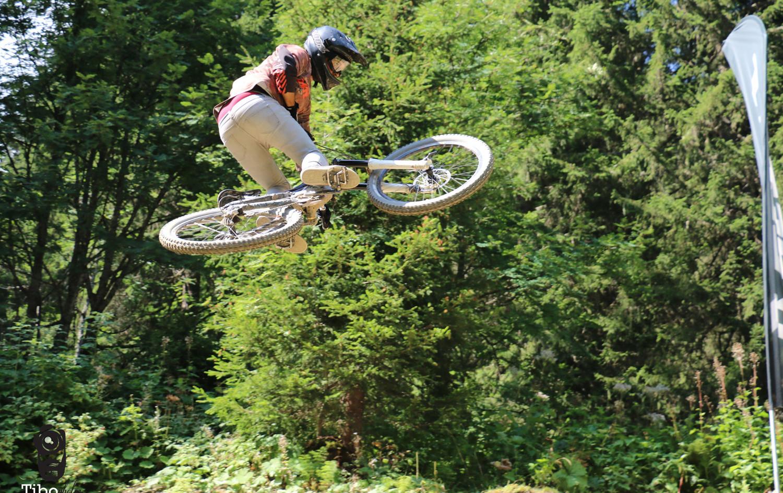 Mmountain bike