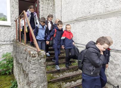 Практическая тренировка по эвакуации из здания школы при пожаре