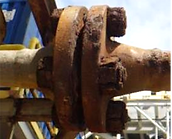 SRJ BoltEx Flange Clamp. Flange hot botling tool. Corroded bolts. Bolt replacement.