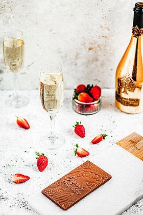 Champagne & Strawberry: Mylk