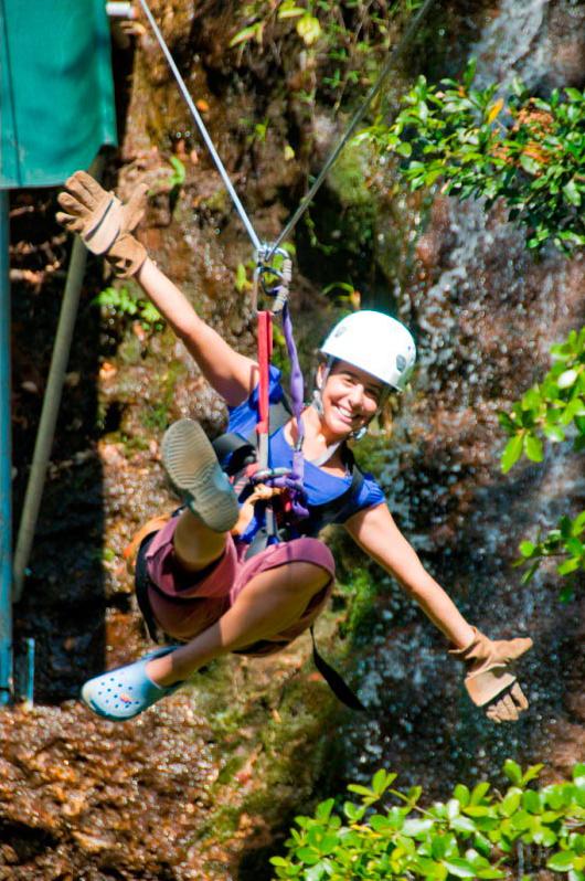 Ziplining Guanacaste