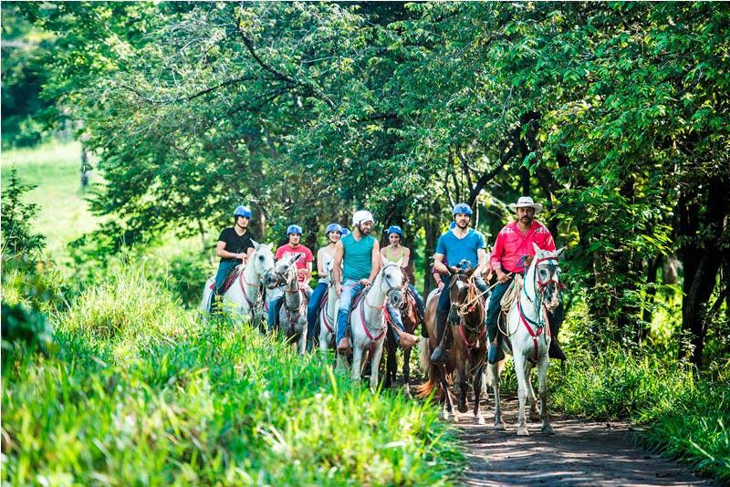 Hacienda Guachipelin Horseback Riding