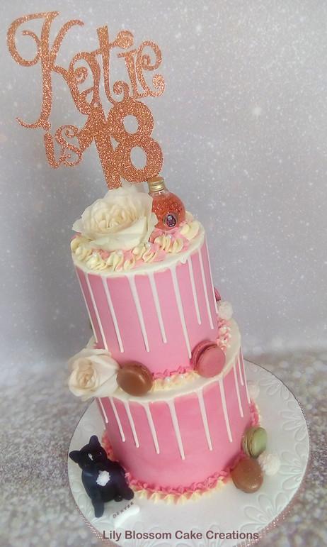 Rose Gold Drip Cake.jpg