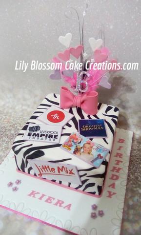 Zebra Print Cake.jpg