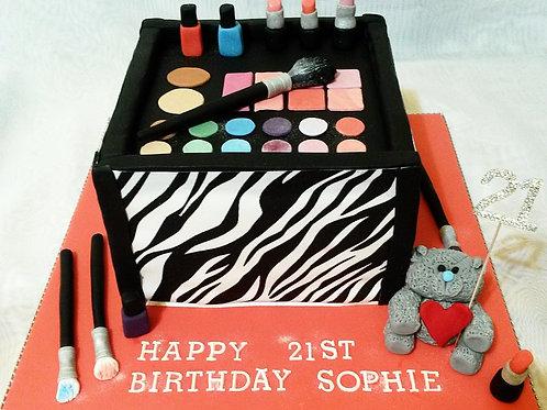 Make-up Glamour Box Birthday Cake