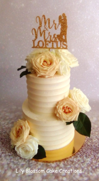 peach rose wedding cake.PNG