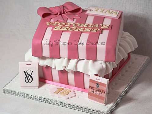 Victoria's Secret Cake lily blossom cake creations Liverpool Merseyside