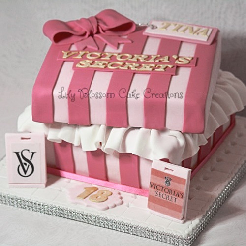 Order Cakes Cupcakes Online Lily Blossom Cake Creations Liverpool