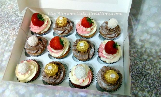 Strawberry & Chocolate Cupcakes 2.jpg
