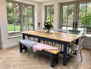 Prosecco Dinig Table & 1 Bench