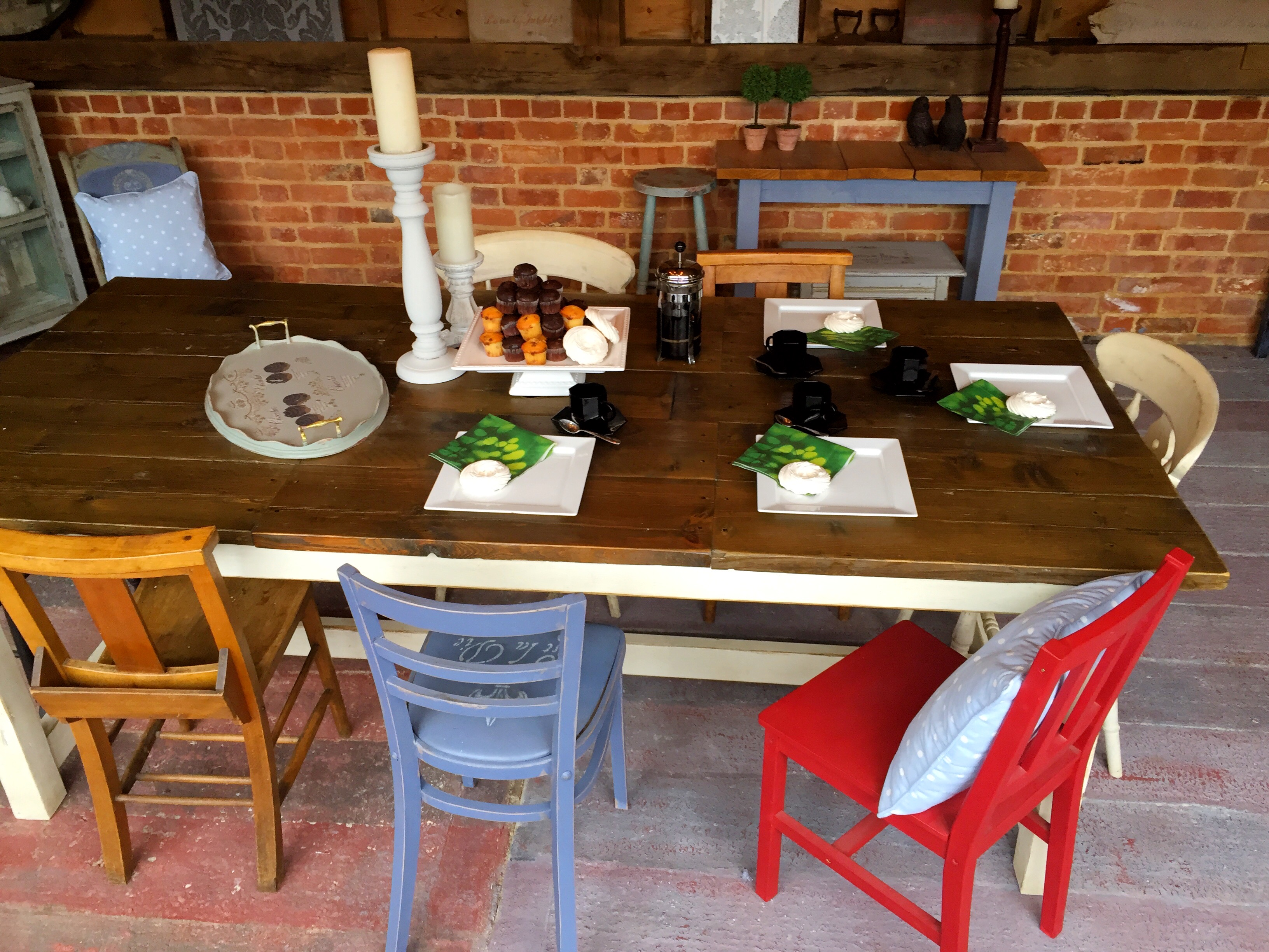 Rustic & Shabby Dining Table