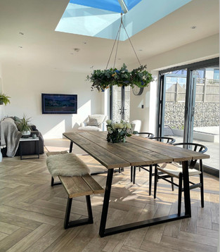 Prosecco Dining Table with Metal Legs