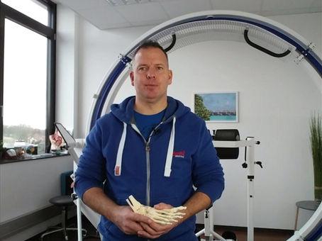 Der Vorsitzende des Bundes deutscher Osteopathen macht sich für die Aktivierung der Füße stark