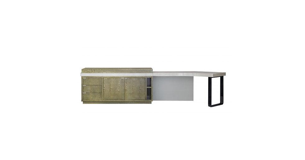 8372 - Desk/Dresser