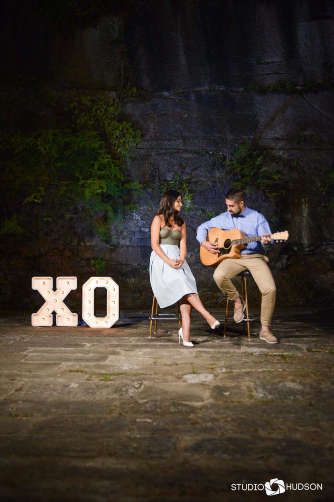 XO Duet Portrait Musician