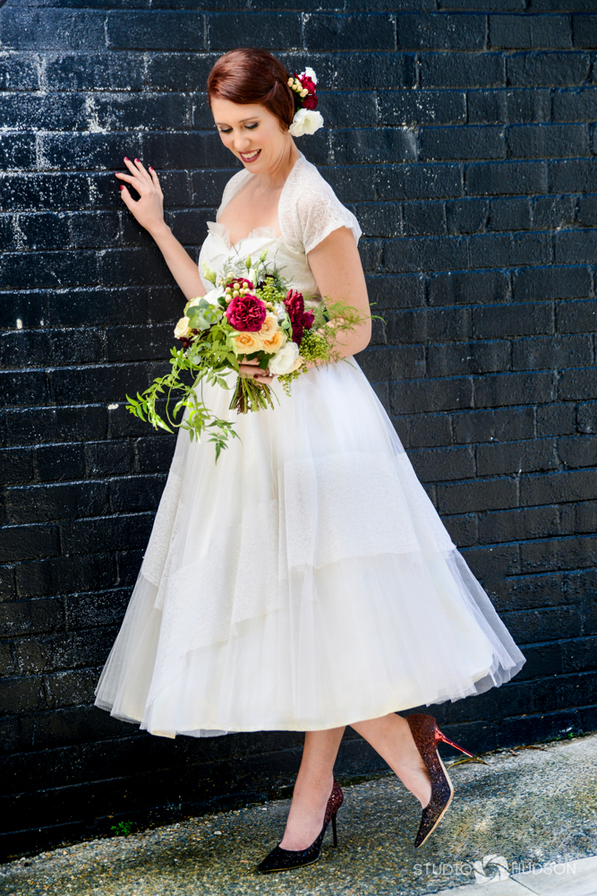 Belle Bridal Dark Wall