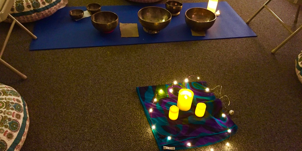 Love yourself! Meditation with Reiki and Singing Bowls (1)