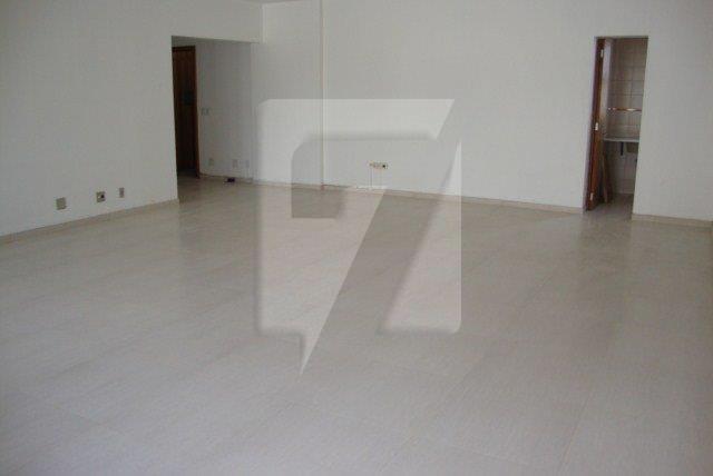 sala 601 Adolfo (7)