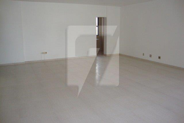 sala 601 Adolfo (6)