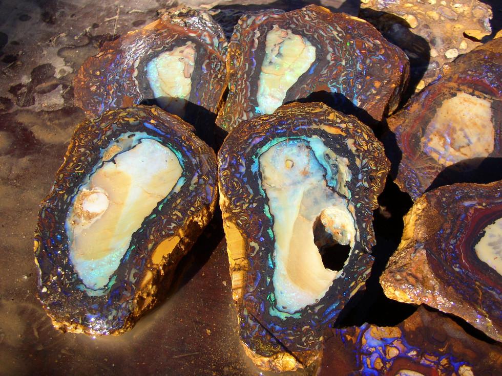 Yowahnuss Opal im Rohzustand