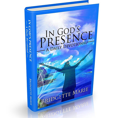 In God's Presence: A Daily Devotional