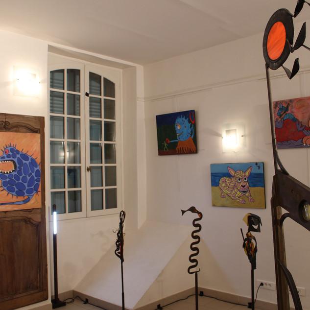 Avec les oeuvres de Brigitte Goupil