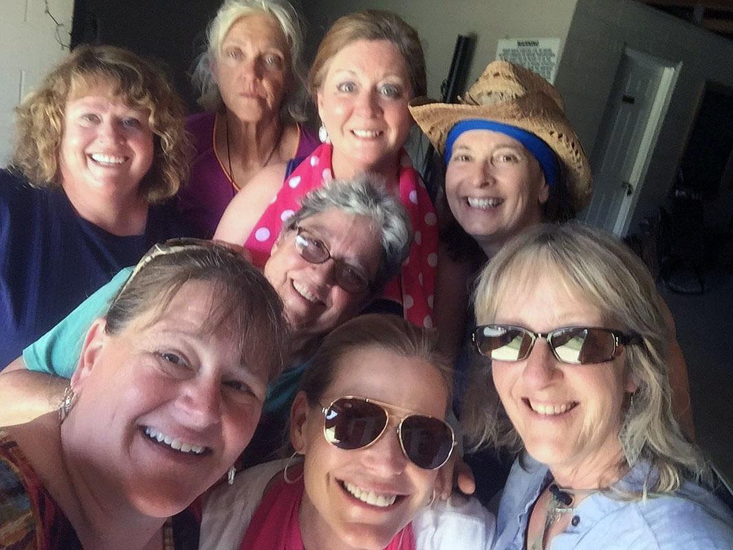 women-group-photo