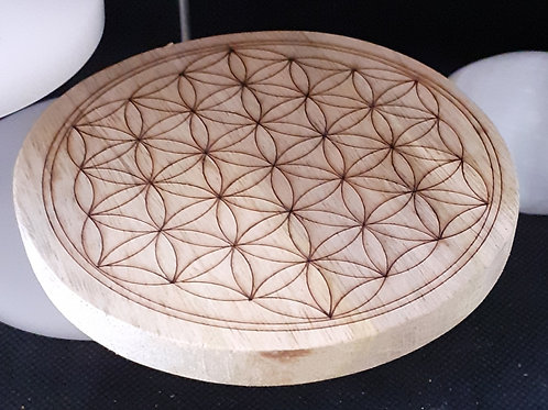 Fleur de vie gravée sur disque rond en bois 10 cm