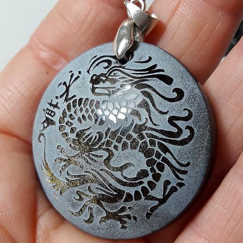 Pendentif Dragon en Obsidienne Dorée du Mexique