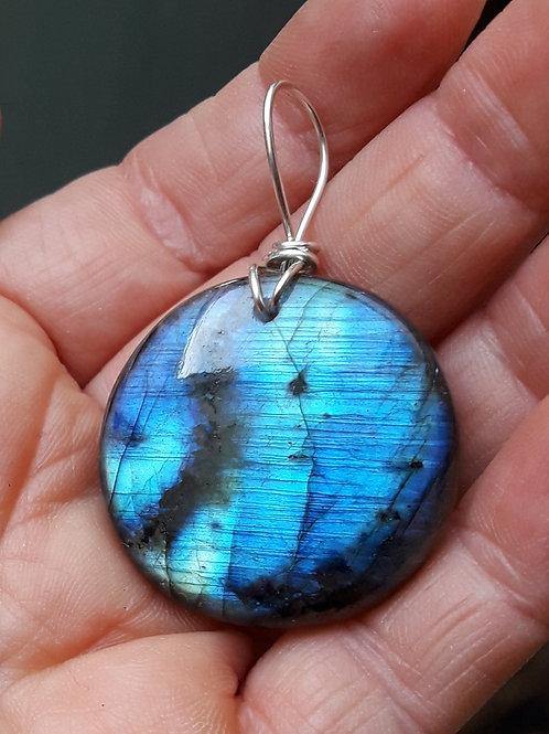 Labradorite bleue diamètre 32 mm en pendentif argent 950