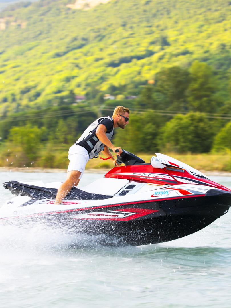 Prod'jet-Jet-ski-Flyboard