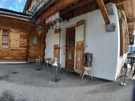 EntréeGrande salle panoramique - Restaurant le Refuge - Cordon 74
