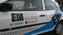 Complément de communication CréaPUB pour E2M (électricité bâtiment et industrie)