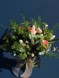 bloomingbrilliance_suffolk_florist.burys