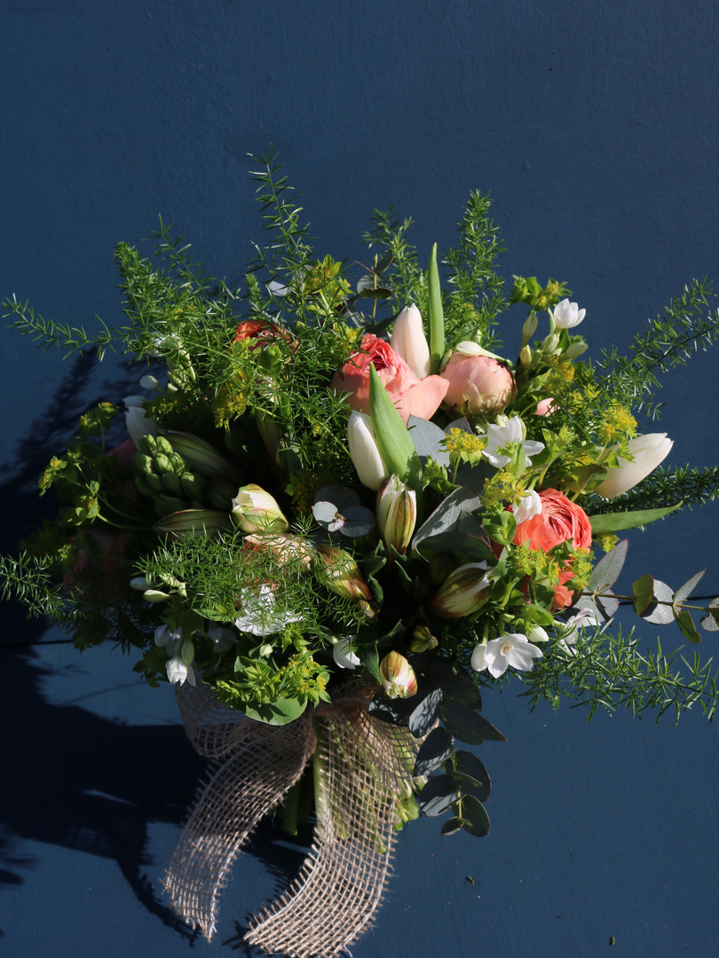 bloomingbrilliance_suffolk_florist.burys