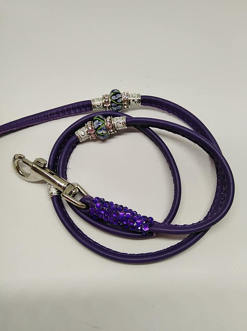 Trigger clip leads with beads and crystals