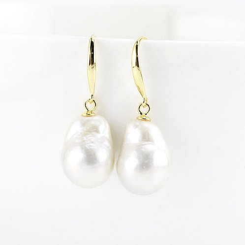 Freshwater baroque pearl drop earrings