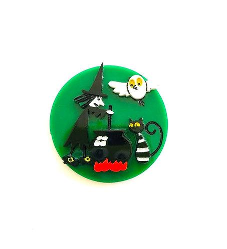 Coup De Colere- Green Halloween brooch / Meg & Mog